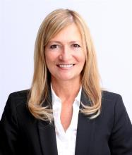 Linda Lewis, Courtier immobilier