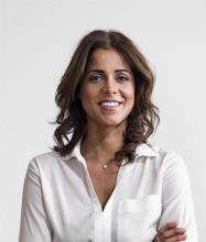 Diana Moussa, Courtier immobilier résidentiel