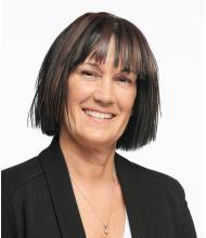 Suzy Blouin, Courtier immobilier