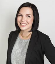 Erica Baker, Courtier immobilier résidentiel