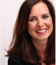Julie Murphy, Courtier immobilier