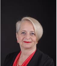 Marie Dufresne, Courtier immobilier