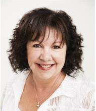 Denise Aubin, Courtier immobilier