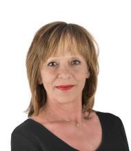Louise Trottier, Courtier immobilier