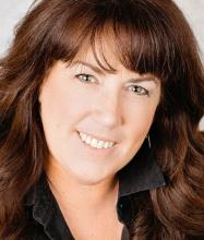 Tania Ellerbeck, Courtier immobilier agréé