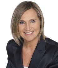 Hélène Boyer, Courtier immobilier