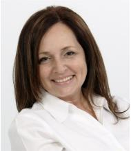 Linda Christie, Courtier immobilier