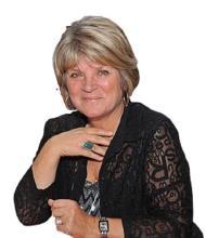 Suzy Vendramelli, Courtier immobilier agréé