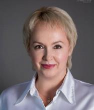 Elena Sapa, Courtier immobilier résidentiel et commercial