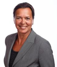 Gisèle Dicaire, Courtier immobilier