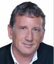 Roger Hughes, Courtier immobilier