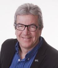 John Auger, Courtier immobilier agréé