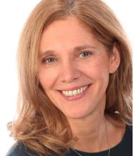 Martine Loyer, Courtier immobilier agréé