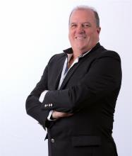 Russell Dion, Courtier immobilier résidentiel et commercial
