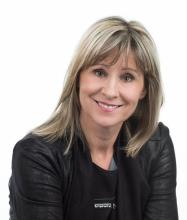 Gina Lavoie, Courtier immobilier