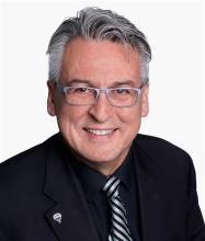 Steve Vien, Residential and Commercial Real Estate Broker