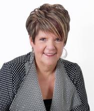 Hélène F. Corriveau, Courtier immobilier résidentiel et commercial agréé