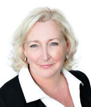 Brigitte Bernier, Courtier immobilier