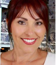 Julie Lapointe, Courtier immobilier