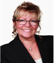 Colette Benoit, Courtier immobilier