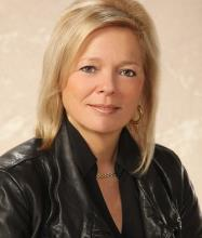 Lynn Dufault, Courtier immobilier