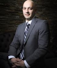 Vartan Kaprielov, Courtier immobilier résidentiel et commercial