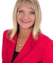 Danielle Hubert, Courtier immobilier