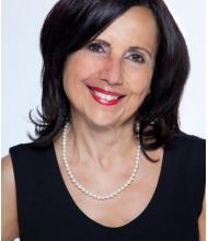 Mona Chabot, Courtier immobilier