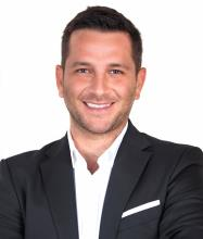 Mikael Giardina-Cohen Inc., Business corporation owned by a Residential and Commercial Real Estate Broker