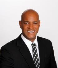 Erasmo Torres Rojas, Courtier immobilier résidentiel et commercial