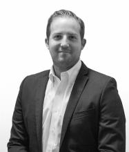 Gregory McCauley, Courtier immobilier