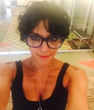 Amanda Kamel, Courtier immobilier